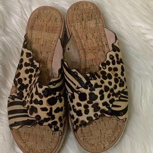 Antonio Melani slip on sandals leopard size 8